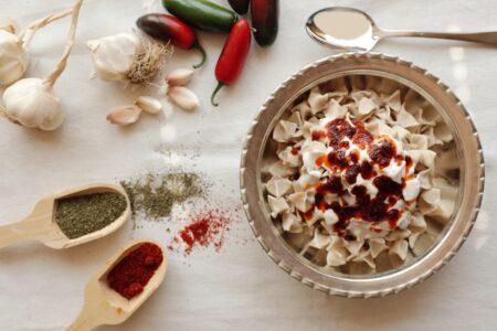 Vom Mittelasien nach Anatolien mit dem Pferd gekommener Geschmack : Mantı (Ravioli) 2
